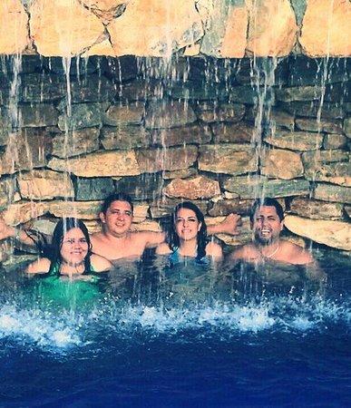 Las Sirenas Hotel & Condos: Piscina!