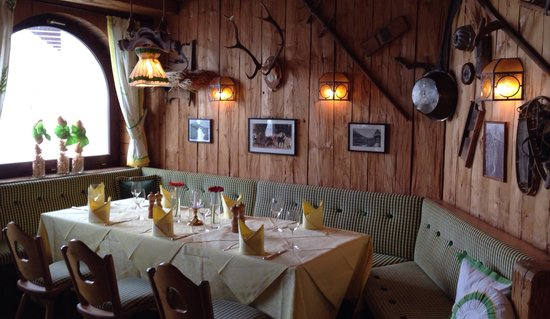 Hotel Goldener Berg: Dining room