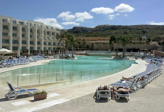 db Seabank Resort + Spa: Spring time, by the pool at Seabank hotel all inclusive. Great experience good value for money.