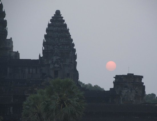 The Moon Boutique Hotel: Sunrise, Angkor Wat