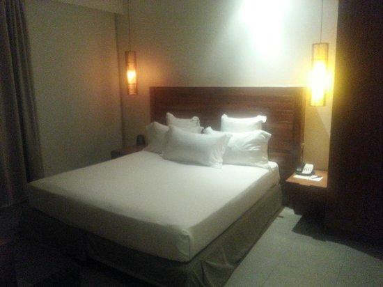 Hilton Fiji Beach Resort & Spa : bed