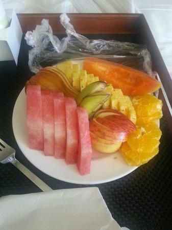 Hilton Fiji Beach Resort & Spa : Breakfast fruit plate