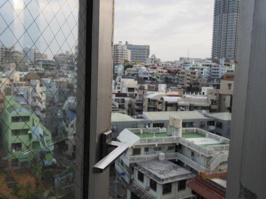 Okinawa Sunplaza Hotel: 街だけど夜は静かですよ