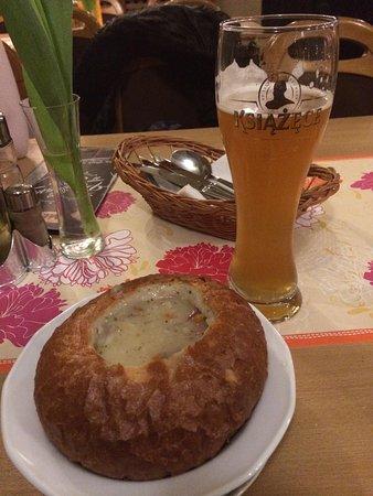 Pierogarnia U Dzika: Żurek soup in bread