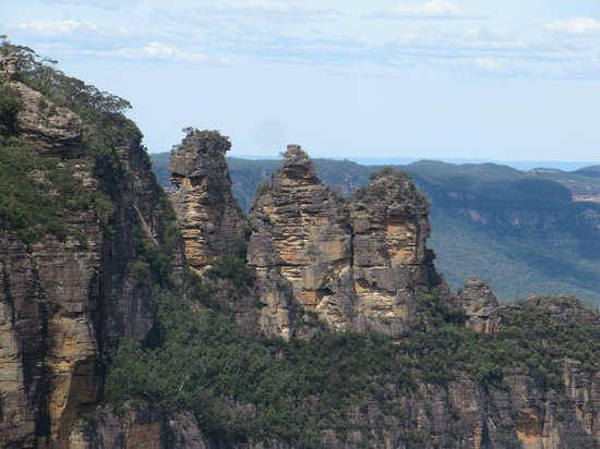 The Three Sisters : 3 sisters