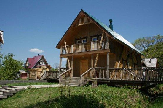 Абрикосовый домик