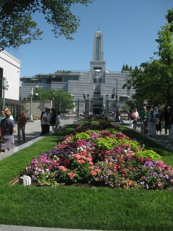 LDS Conference Center: Gardens