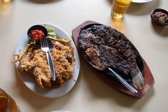 Sindang Reret Hotel and Restaurant : Gurame dishes