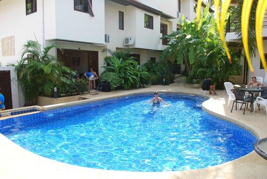 Soleil d'Asie Residence : la piscine de la résidence