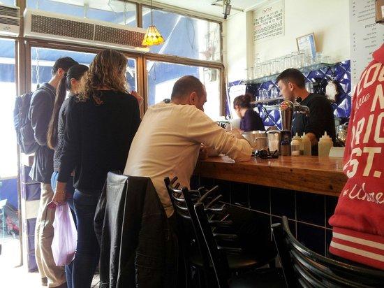 Hummus Ben Sira: Very busy