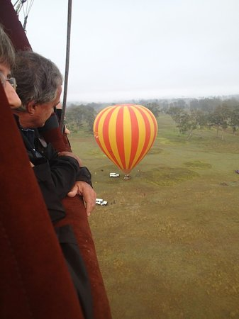 Hot Air Balloon Gold Coast: Waiting for late arrivals