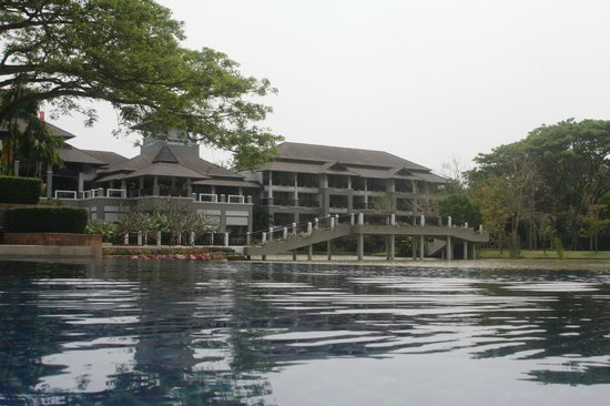 Le Meridien Chiang Rai Resort : Main block