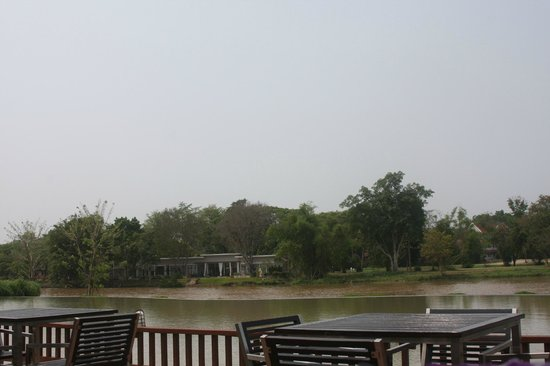 Le Meridien Chiang Rai Resort : View over river