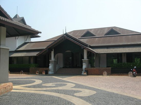 Le Meridien Chiang Rai Resort: Entrance