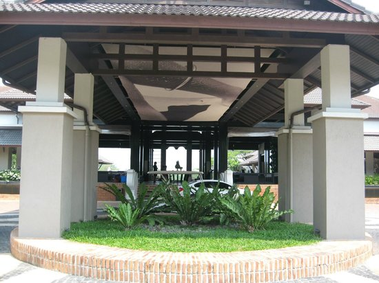 Le Meridien Chiang Rai Resort: Portico