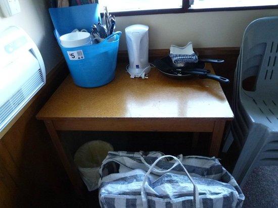 Lake Tekapo Motels & Holiday Park: 食器設備