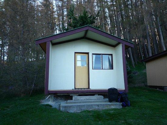 Lake Tekapo Motels & Holiday Park: Standard Cabin