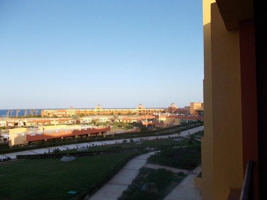El Malikia Resort Abu Dabbab: Scorcio vialetti interni