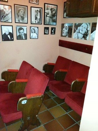 Hotel San Gabriel: Hotel Cinema