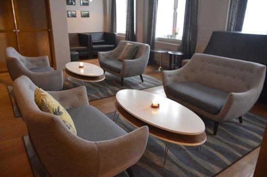 Huset Bistro: Comfortable Lounge