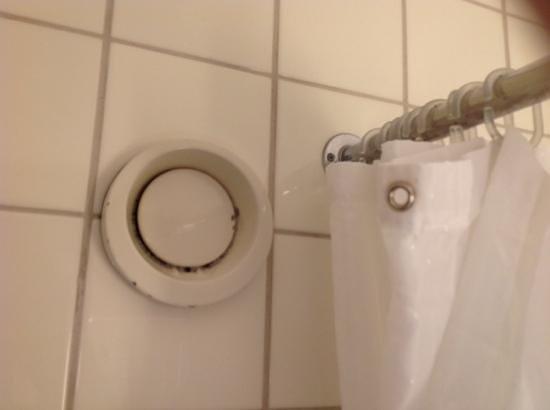 Radisson Blu Scandinavia Hotel: Ekelhaft verschmutzte Lüftung