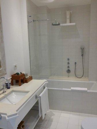 Maison La Minervetta: Il bagno