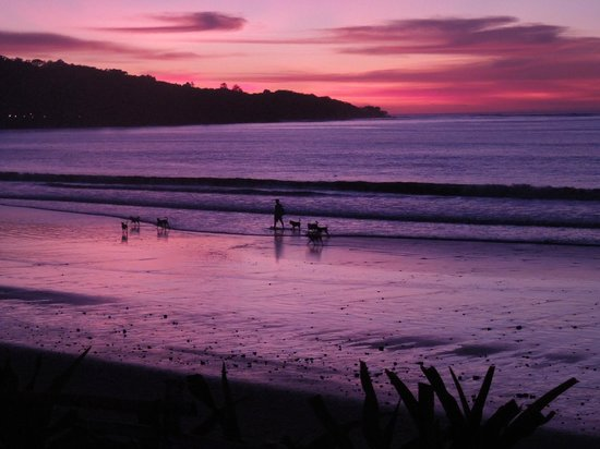 INTERCONTINENTAL Bali Resort: Sundowners on the beach.