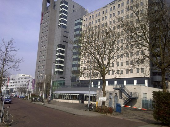 Mercure Hotel Amsterdam City: View of Hotel Building from outside