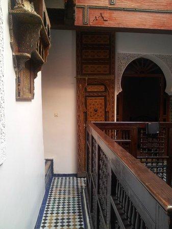 Dar el Yasmine: passageway