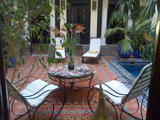 Riad 58 Blu: patio