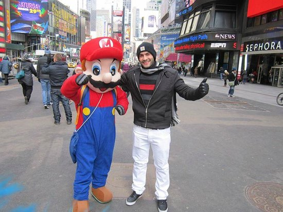 Times Square : With Super Mario!