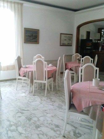 Hotel Roma: Sala colazione