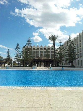 Amir Palace: outdoor pool