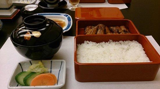 Yoshizuka Unagiya : Standard eel set