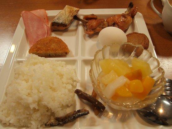 Red Roof Plus Osaka Namba : food 2