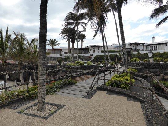 Los Fariones Hotel : Hotel grounds