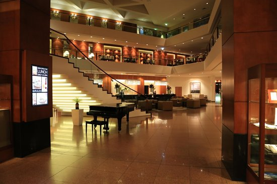 Four Seasons Hotel Sydney: .