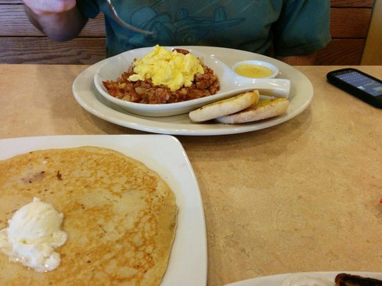 The Egg & I : One of the hash dishes and huge pancake