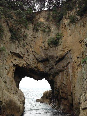 Hakusan Domon : 白山洞門