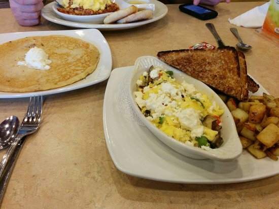 The Egg & I : I think it was a scramble or omelet... Had feta... Mushrooms..asparagus... Very good