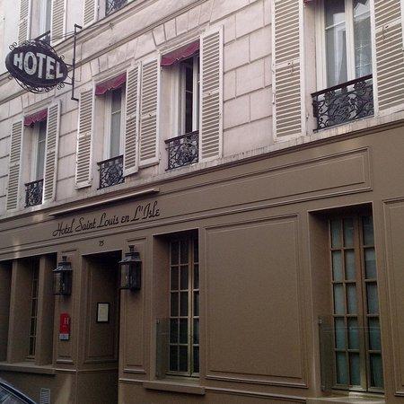Hotel Saint-Louis en l'Isle: Hotel facade