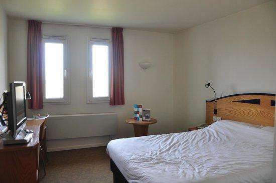 Ibis Preston North: RoomMain