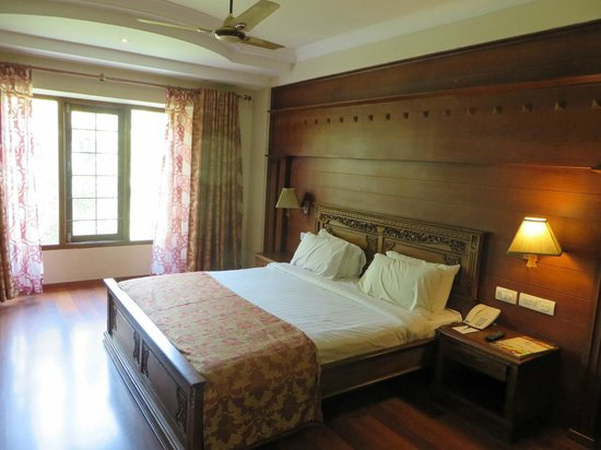 JC Residency Madurai : A superior room