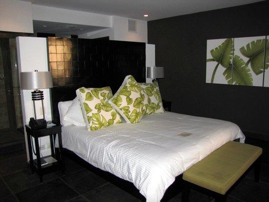 Los Altos Beach Resort & Spa: MASTER BED