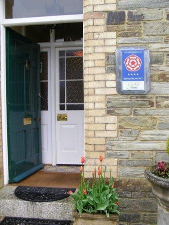 Hazelmere House: Front entrance