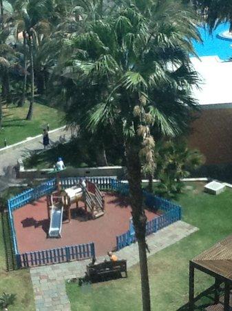 Family Life Orquidea: Utsikt fra hotellrommet på dagtid, ett av flere lekeområder
