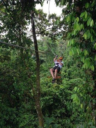 Desafio Adventure Company: Desafio Arenal cloud forest zip line