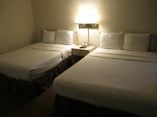 Knights Inn Palm Springs: un oreiller de plus aurait été bien
