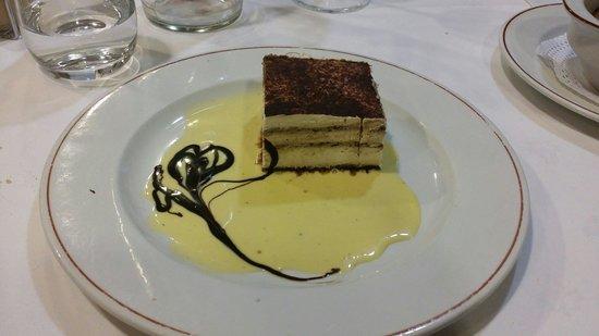 Restaurante Casa Tomas : Tras una buena comida, un postre excelente