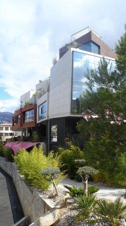 Hotel Viura: Exterior